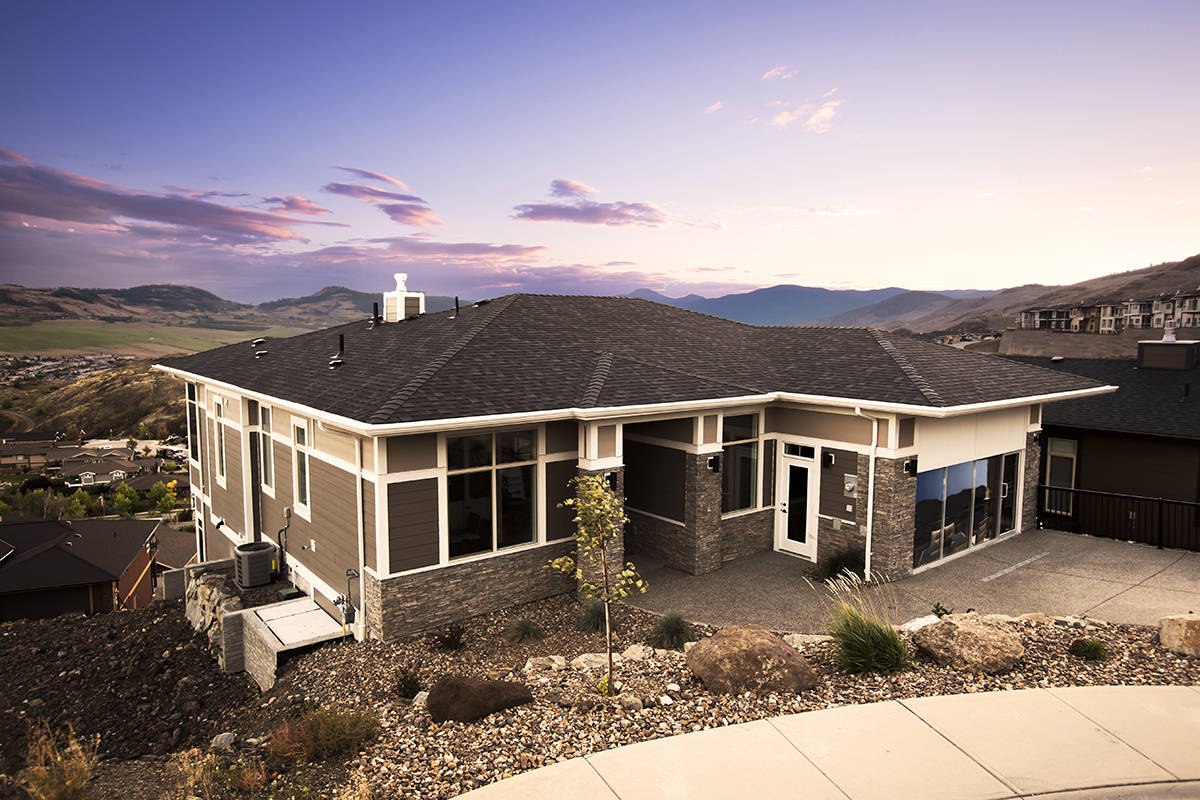 Nestled into the Vernon communities of Turtle Mountain and Adventure Bay are an array of exquisite homes built by award-winning developer, Everton Ridge Homes.