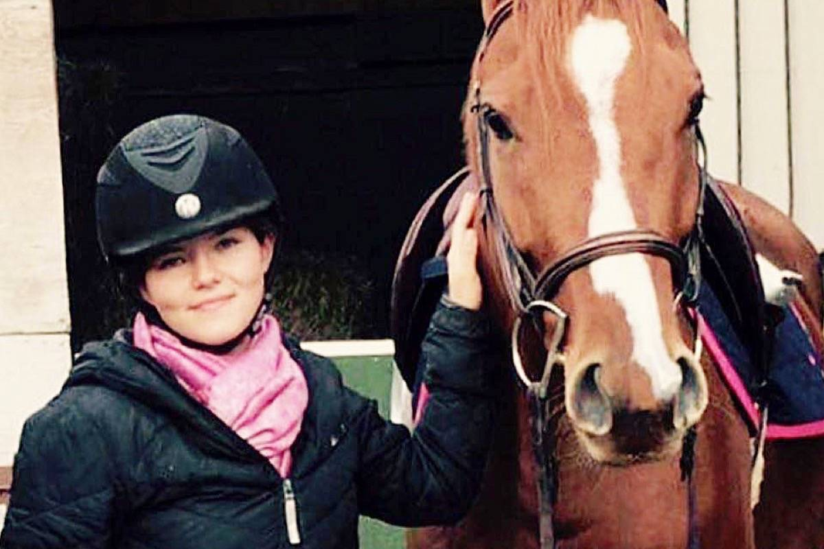 Lisa Anderson with Sho Sho, an 8-year-old off-track thoroughbred. (Special to The News)